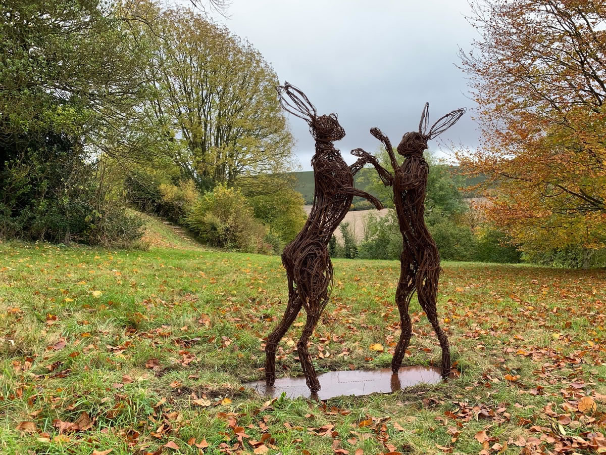 Mad March Hares. These sculptures are available in steel wire, bronze wire and copper wire, delivered and installed. From 80 cm high