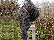 New double life-size bronze wire sculpture finished for the Collier Dobson Sculpture Gallery in Fordingbridge